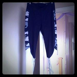 Danskin Now black camo leggings